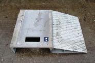 Bordsteinrampe aus Stahl als Überfahrschutz