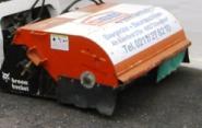 Anbaukehrbesen hyd. für Bobcat 463 zum Trocken Kehren
