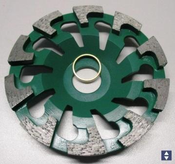 Diamantschleifteller Ø130mmx25mm T-Kopf Beton