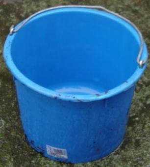 Baueimer 20l Blau mit Bügel und Kreuzboden