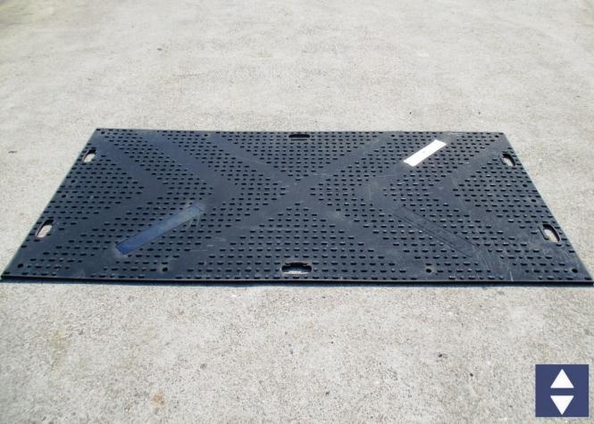 Fahrbahnplatten aus Kunststoff 240x120cm